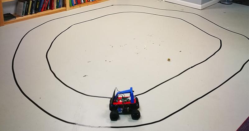 Student Team Builds Mini Self-Driving Cars